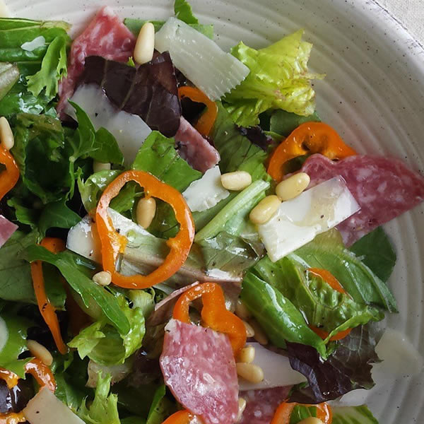 quick easy lunch; 5-minute antipasto salad