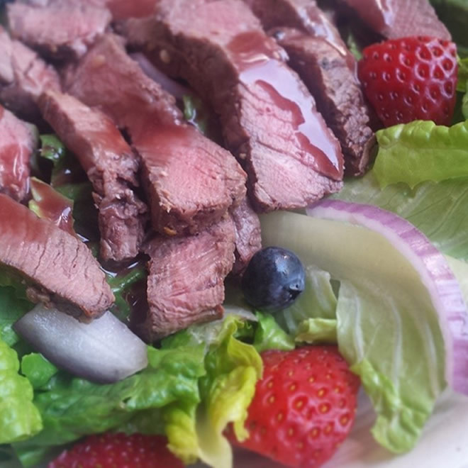 steak salad with blackberry vinaigrette
